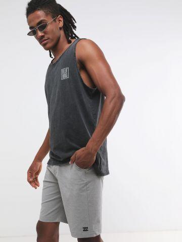 מכנסיים קצרים בהדפס פסים