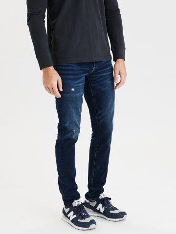 ג'ינס סלים בשטיפה כהה Slim