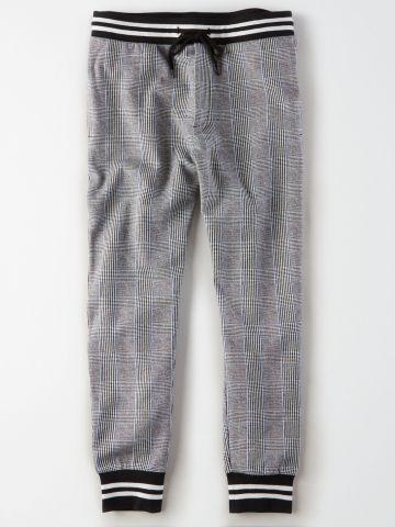 מכנסי טרנינג בדוגמת זיגזג / גברים