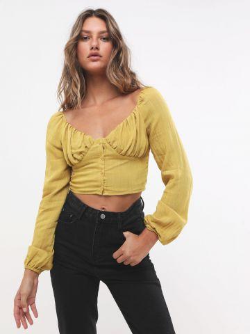 חולצת קרופ מכופתרת עם קפלים