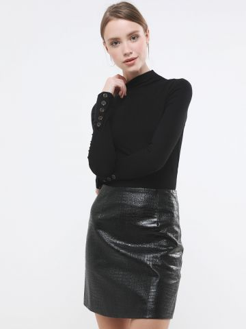 חצאית מיני דמוי עור קרוקודיל