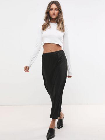 חצאית מקסי סאטן עם שוליים גליים