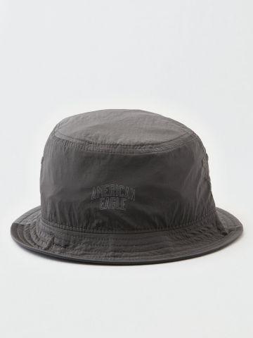 כובע ניילון באקט עם לוגו