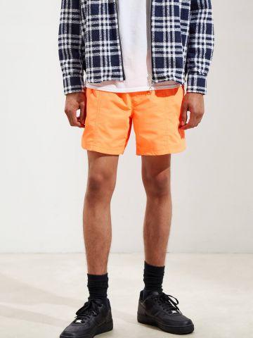 מכנסי ניילון קצרים בצבע ניאון UO