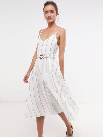 שמלת מקסי פסים עם חגורת חבל בשילוב אבזם