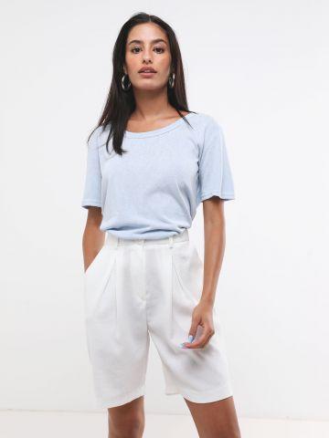 מכנסי קרפ קצרים מחויטים