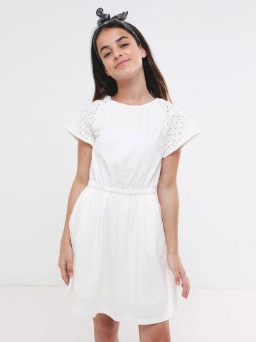 שמלת מיני עם שרוולי תחרה