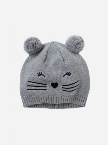כובע גרב עם רקמת חתול ופונפונים