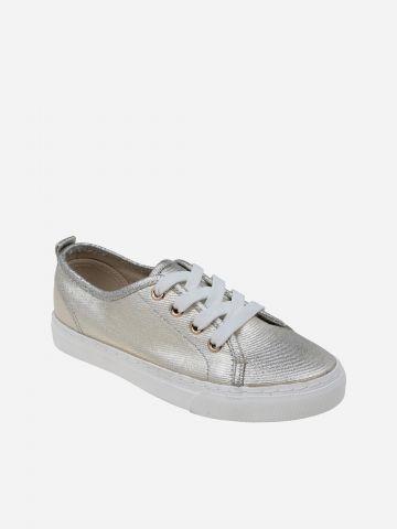 נעלי סניקרס בגימור מטאלי / בנות