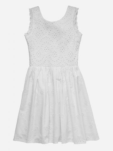 שמלה בעיטור תחרה עם קשירה בגב / בנות