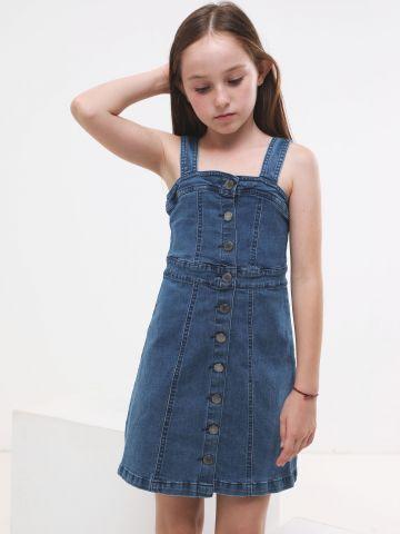 שמלת ג'ינס עם כפתורים