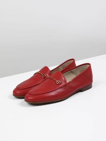 נעלי מוקסין מעור עם עיטור מתכת Loraine