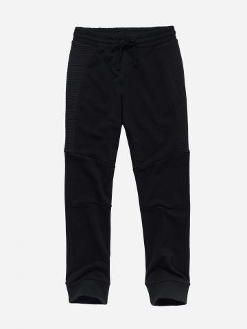 מכנסי טרנינג עם גומי ושרוך / בנים