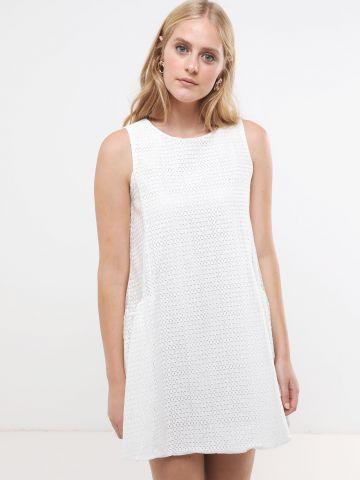 שמלת מיני תחרה בדוגמת משבצות