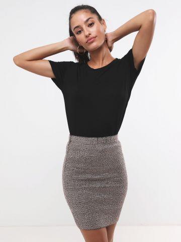 חצאית מיני בגימור מטאלי