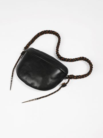 תיק צד אלכסוני דמוי עור עם רצועת חבל