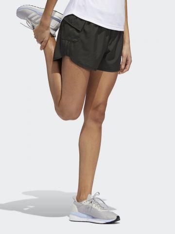 מכנסי ריצה קצרים עם כיסים והדפס לוגו