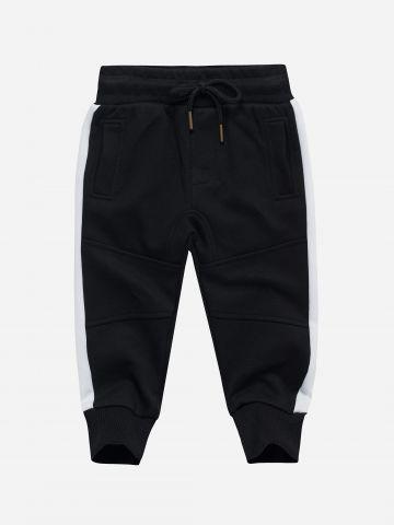 מכנסי טרנינג עם סטריפים / 3M-3Y