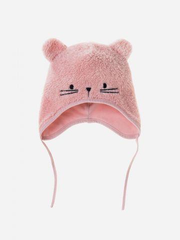 כובע פליז עם עיטורי אוזניים / בייבי