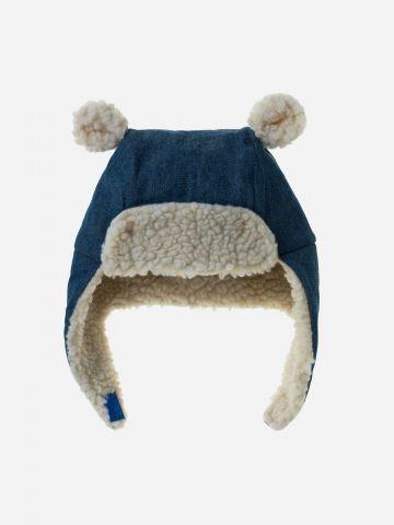 כובע דמי ג'ינס בשילוב פליז עם עיטורי אוזניים