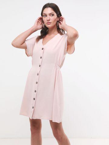 שמלת מיני עם כפתורים וכיווצים