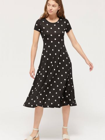 שמלת מידי בהדפס נקודות UO