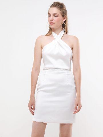 שמלת מיני קולר עם קשירה