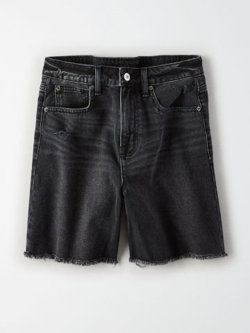 ג'ינס קצר בשטיפה כהה עם פרנזים / נשים של AMERICAN EAGLE