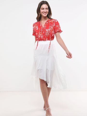 חצאית קומות אסימטרית עם קשירה
