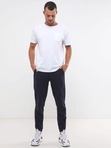 מכנסי טרנינג ארוכים עם רצועת לוגו