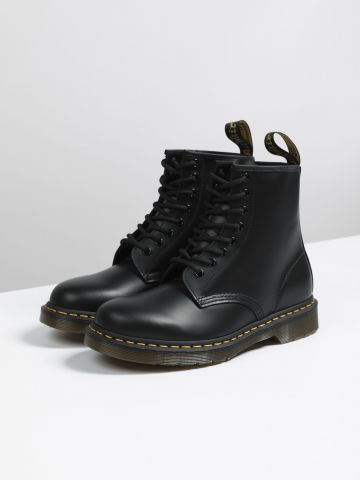 מגפי עור עם שרוכים 8 Eye Boot / נשים