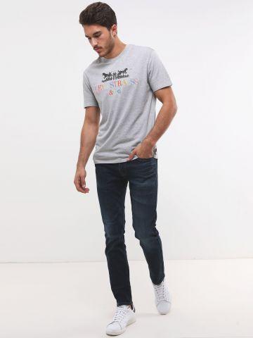 ג'ינס Slim Fit בשטיפה כהה