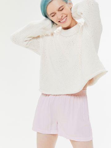 מכנסי פשתן קצרים עם כיסים UO