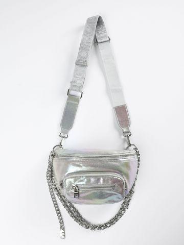 פאוץ' הולוגרפי עם עיטור שרשרת
