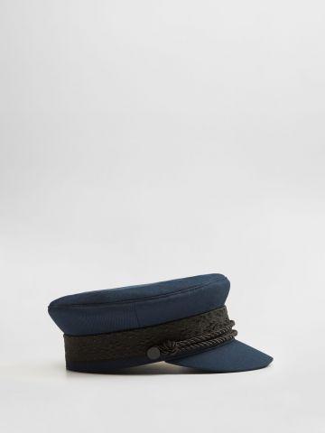 כובע קסקט בעיטור חבלים