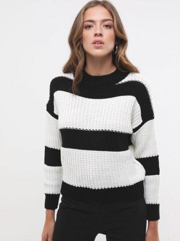 סוודר קרופ בדוגמת פסים