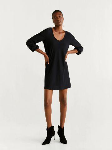 שמלת מיני עם קשירה בגב