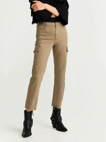 ג'ינס בגזרה ישרה עם כיסים