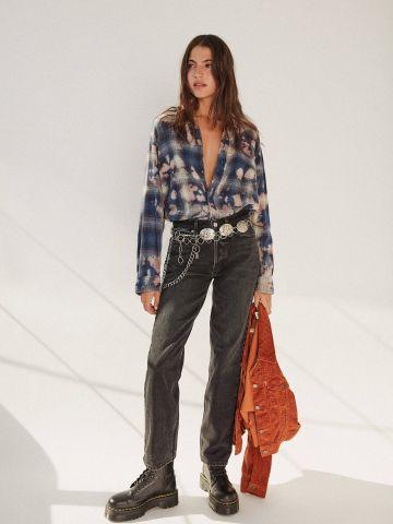 ג'ינס בגזרה גבוהה עם שרשרת דקורטיבית BDG