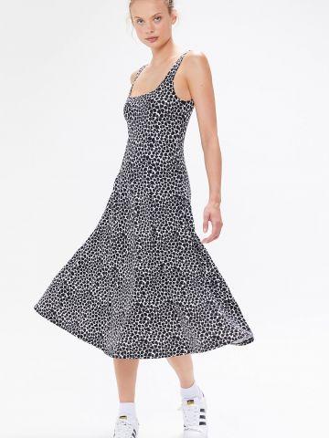 שמלת מידי בהדפס לבבות UO
