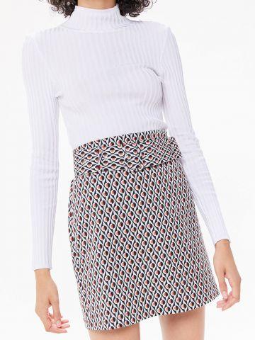 חצאית מיני בהדפס גיאומטרי UO