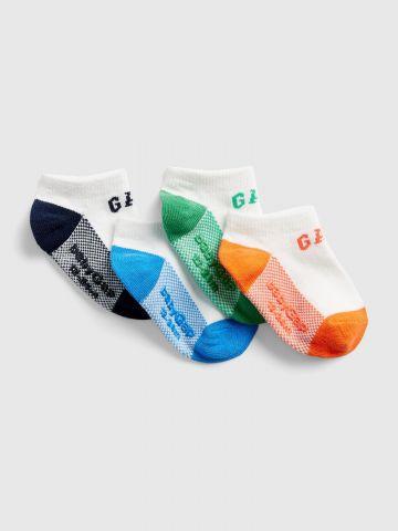 מארז 4 זוגות גרביים לוגו / בייבי בנים
