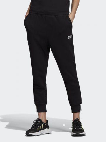 מכנסי טרנינג ארוכים עם גומי ולוגו