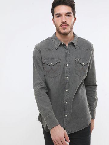 חולצת ג'ינס ווש מכופתרת עם כיסים