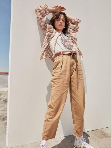 ג'ינס בגזרה גבוהה עם חגורת מותן BDG