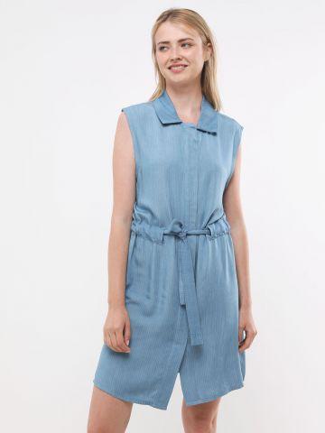 שמלת מיני בהדפס פסים עם כפתורים וקשירה במותן