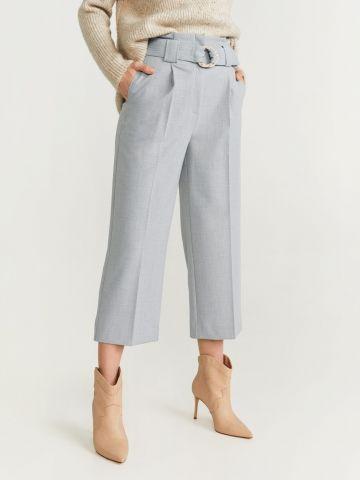 מכנסיים ישרים עם חגורה