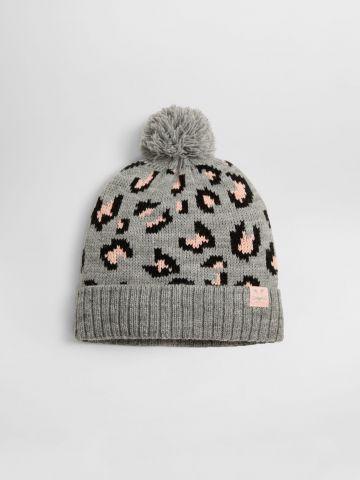 כובע גרב בהדפס מנומר עם פונפון / בנות