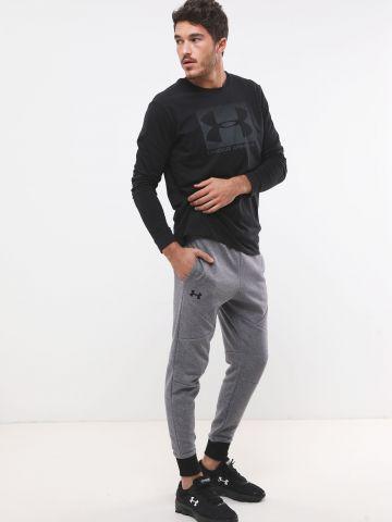 מכנסי טרנינג מלאנז' עם לוגו