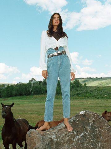 ג'ינס MOM בגזרה גבוהה עם קיפול BDG